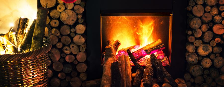 What Is the Difference Between Metal and Masonry Fireplaces